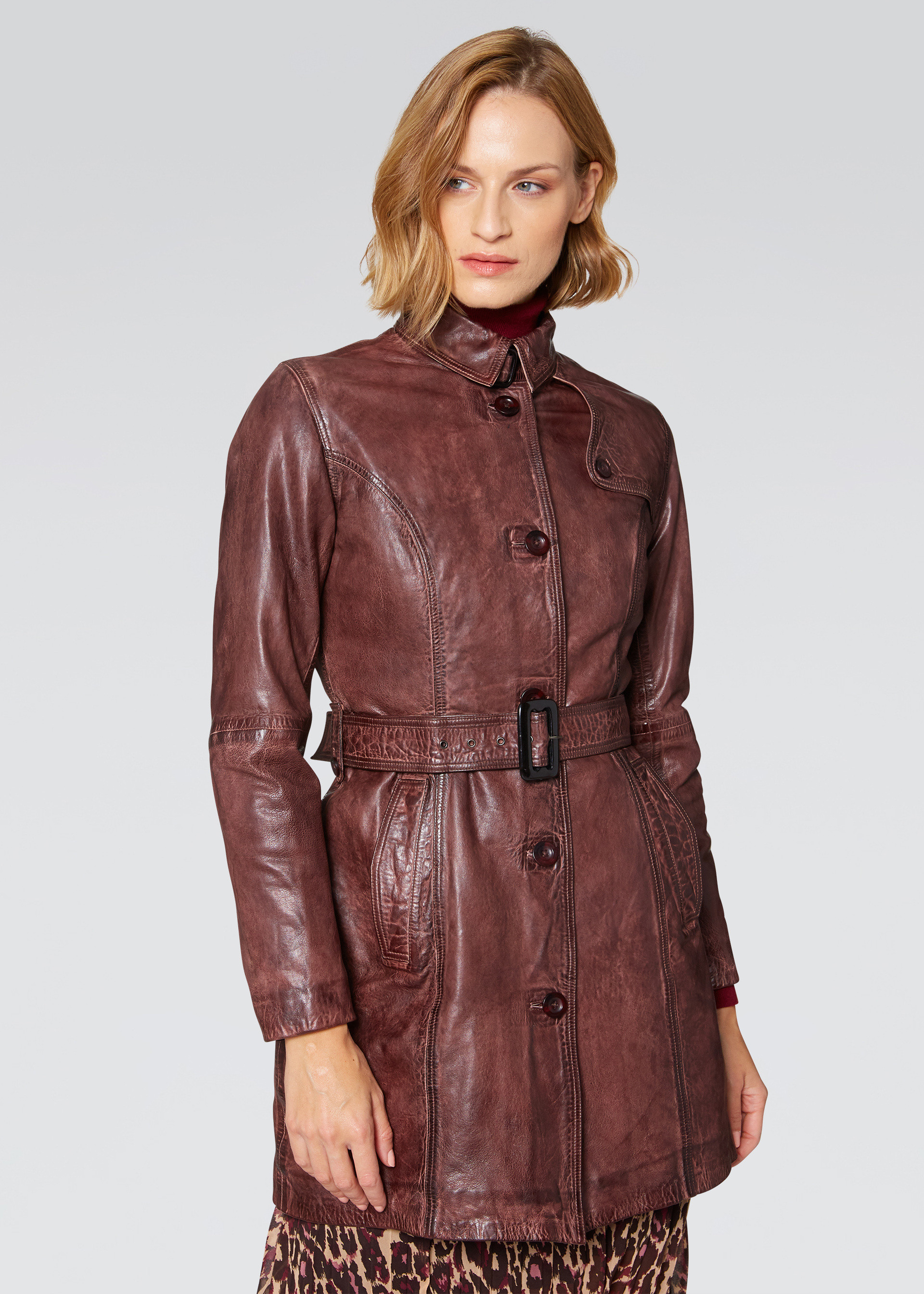 Trench in vera pelle