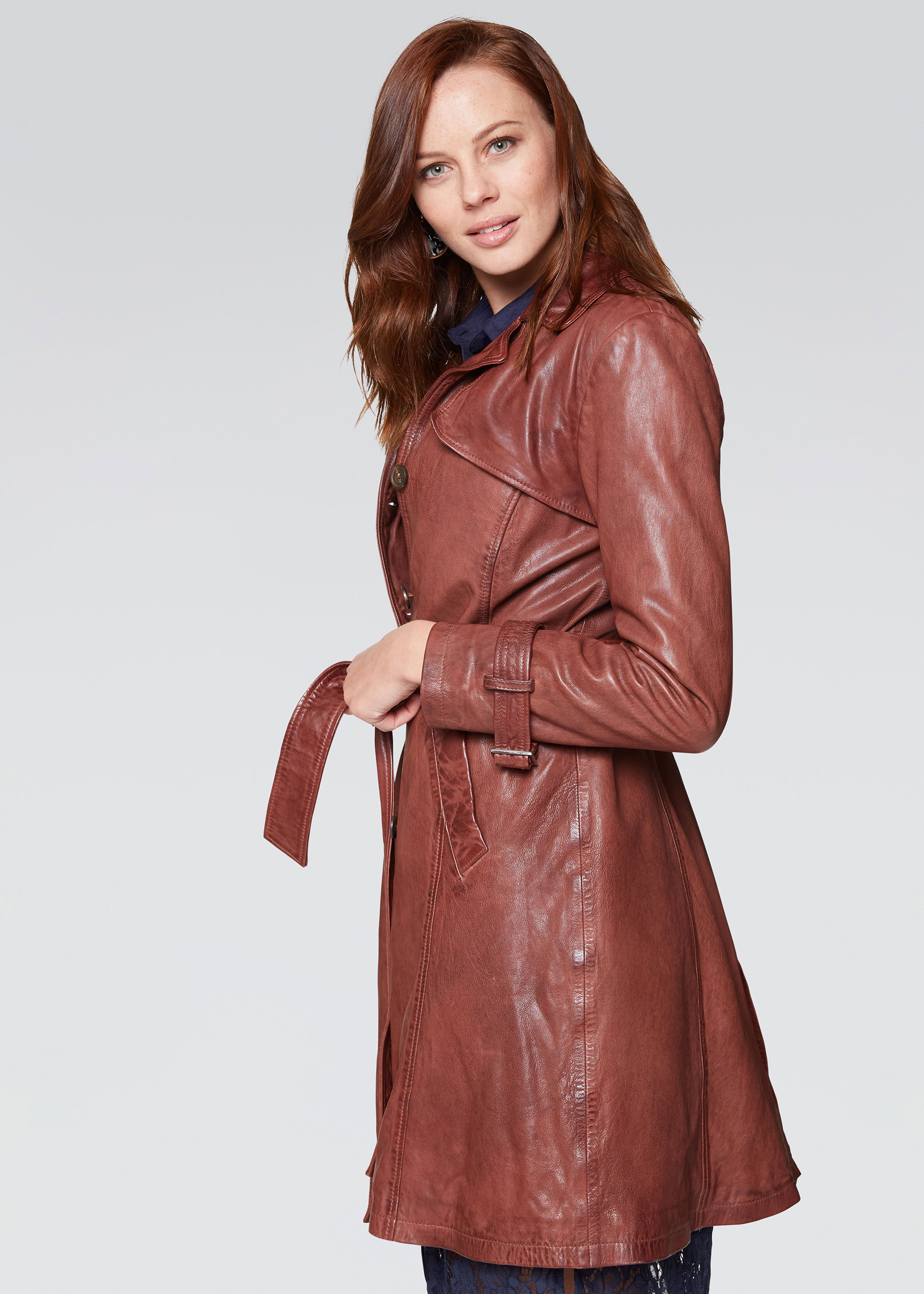 Trench in pelle