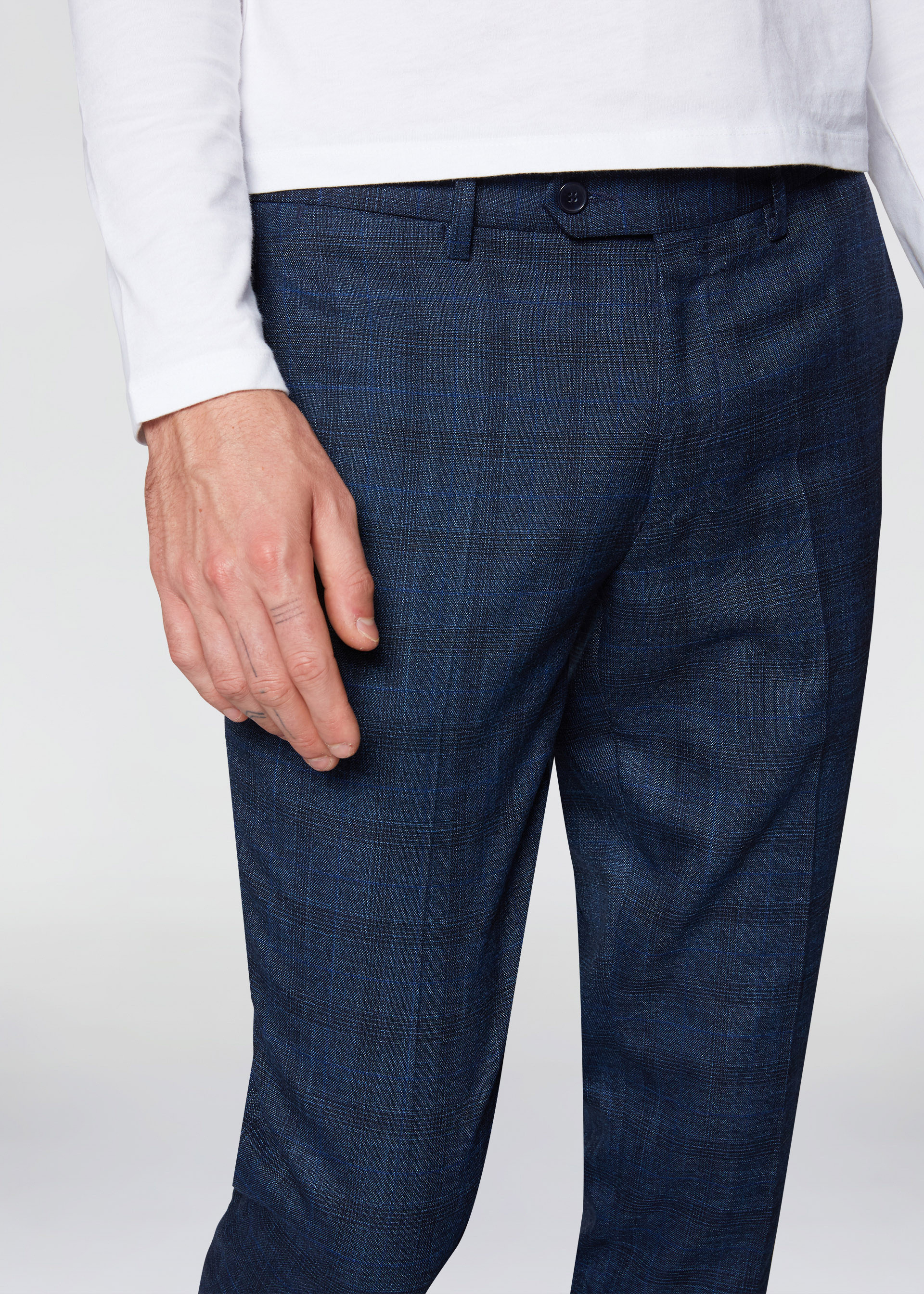 Pantaloni slim e stretch